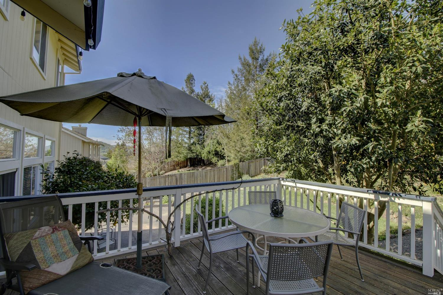 1533 Great Heron drive Santa Rosa, CA 95409 - MLS #: 21711826